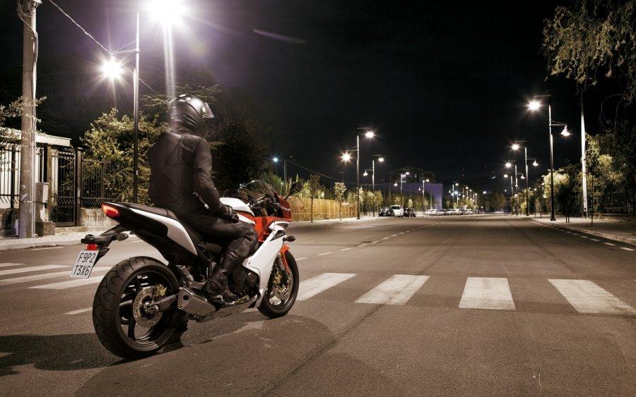 Дорожний мотоцикл Honda CBR600F